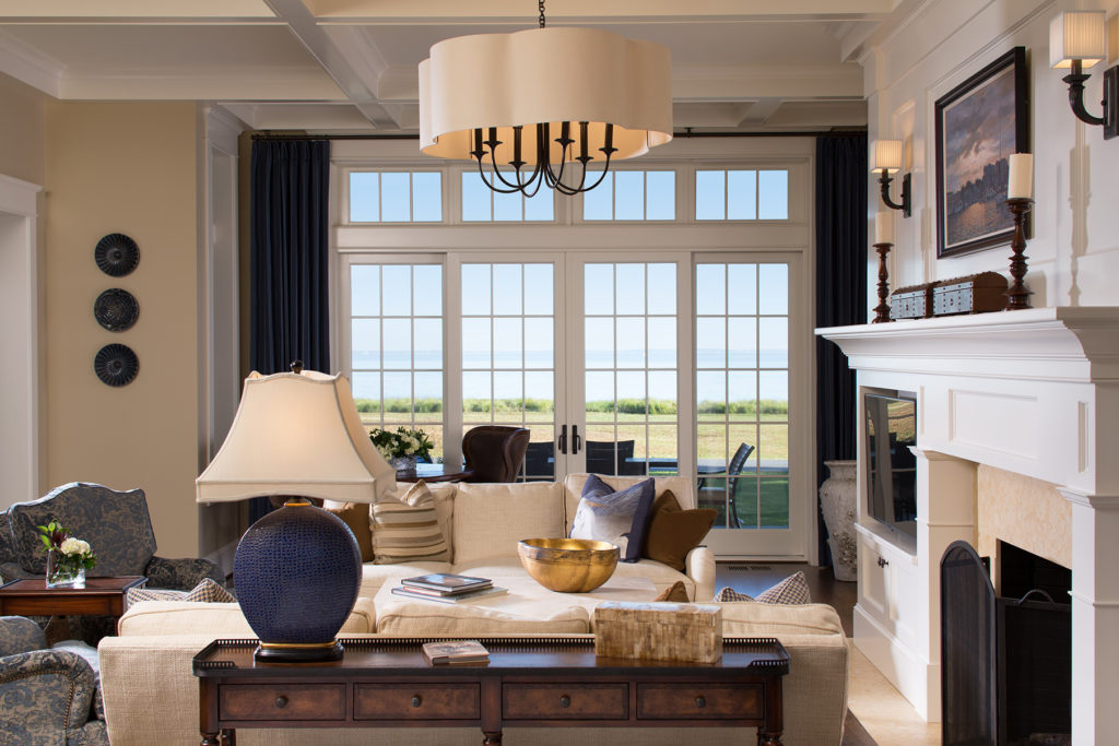 Livingroom_REV-470a_original