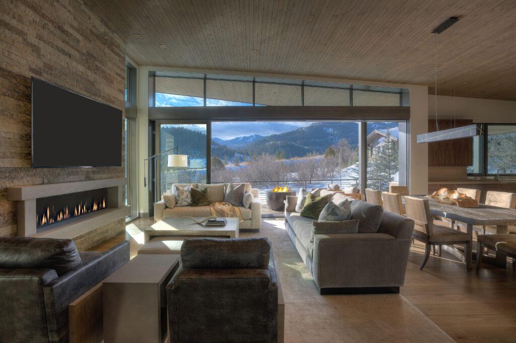 Mountain Modern Retreat (1)